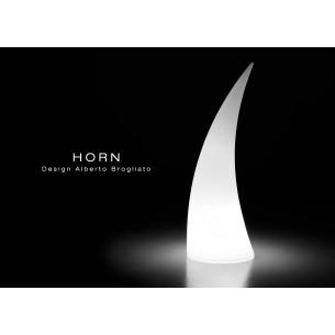 Sculpture lumineuse HORN pour intérieur et extérieur.