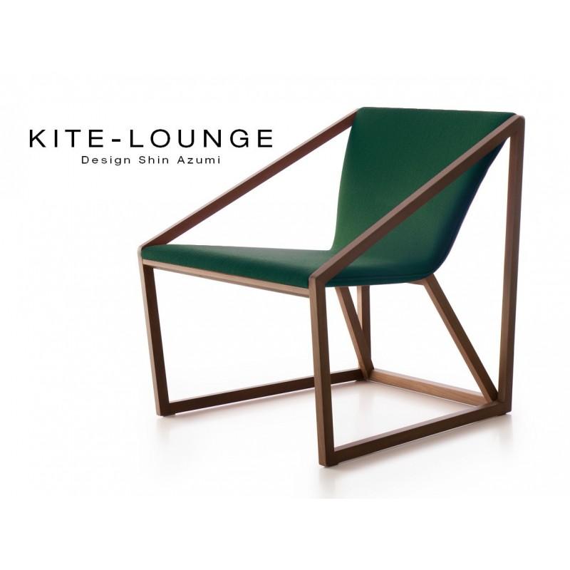 Lot de 8 fauteuils KITE bois finition noyer moyen et tissu couleur vert sapin.