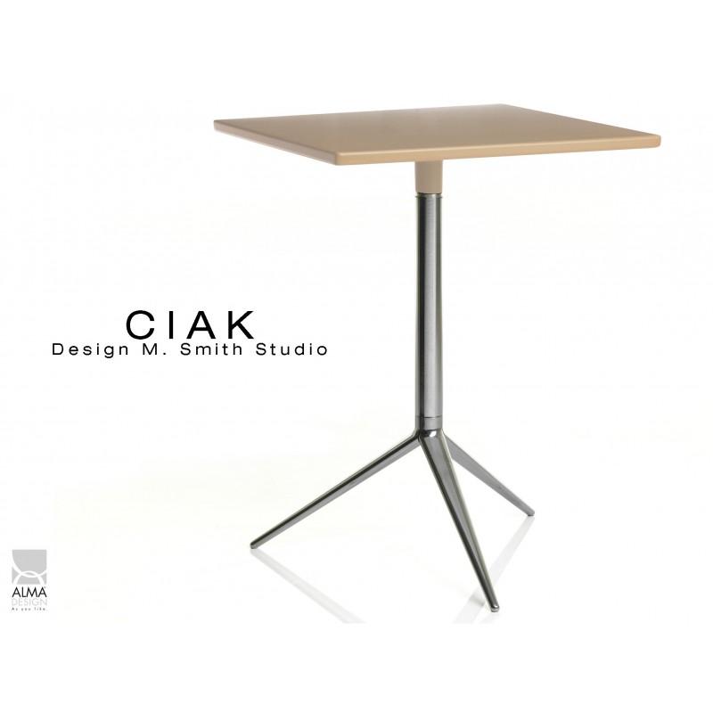 CIAK table carré 55x55 cm de bar en aluminium poli plateau fixe sable.
