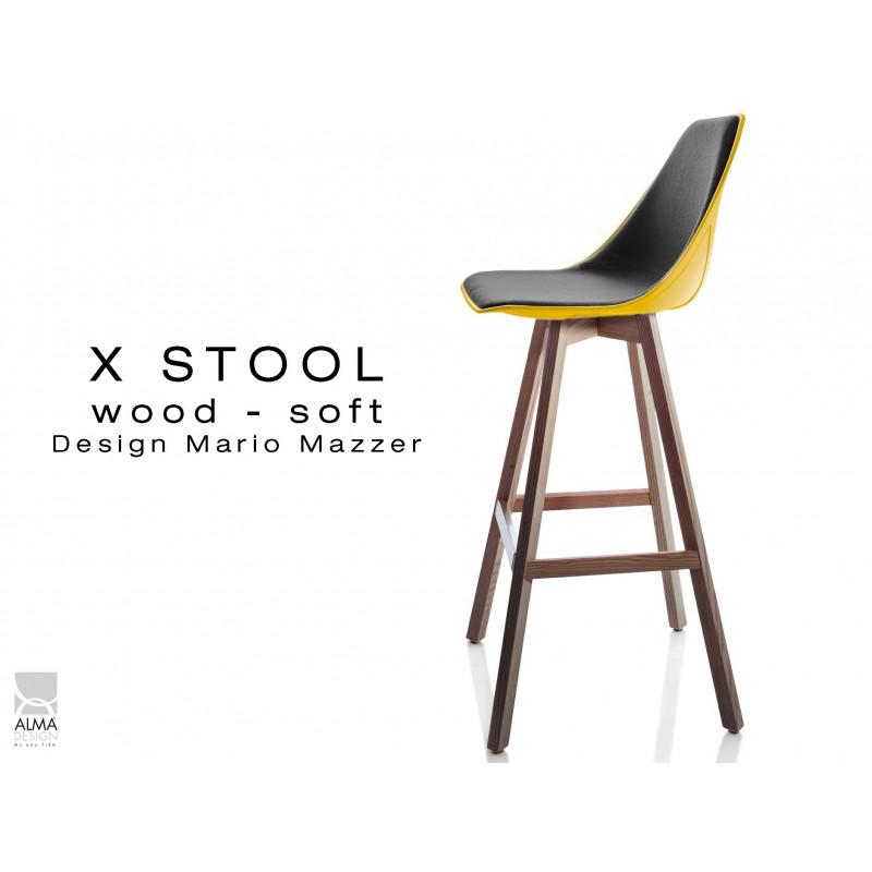 X-STOOL Wood Soft 75 - piétement bois noyer assise coque jaune capitonnée TE33 - lot de 2 tabourets