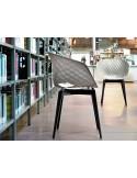 UNI-KA chaise coque couleur piétement bois Hêtre.