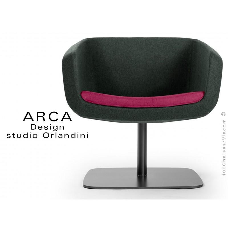 """Fauteuil ARCA habillage tissu """"Blazer"""" 100% laine de couleur noir, coussin d'assise couleur rose St-Martins"""