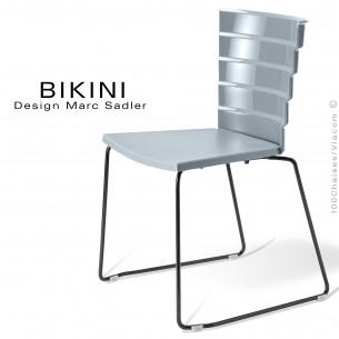 Chaise design pour terrasse BIKINI, piètement type luge acier peint noir, assise plastique gris