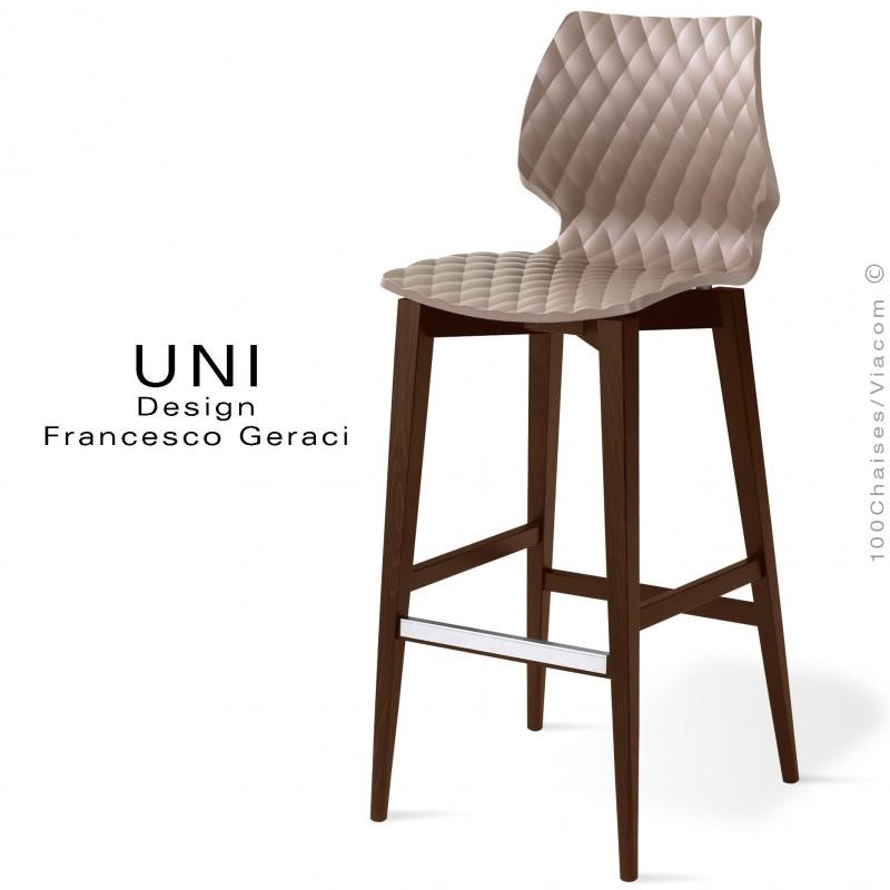 Tabouret de bar UNI assise coque effet matelassé, couleur gris tourterelle, piètement bois vernis wengé