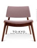 Chaise lounge pour salle d'attente TO-KYO bois teinté noyer, assise et dossier garnis, habillage tissu synthétique taupe.