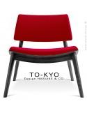Chaise lounge pour salle d'attente TO-KYO bois teinté noir, assise et dossier garnis, habillage tissu synthétique rouge.