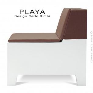 Banquette extérieur modulable PLAYA, structure plastique de couleur blanche avec coussin d'assise couleur moka imperméable.