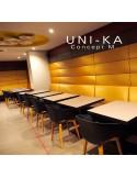 Fauteuil UNI-KA assise coque couleur, piétement bois hêtre teinté naturel, teinté noyer ou wengé.