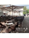 Fauteuil UNI-KA assise coque couleur, piétement acier peinture noire ou blanche et acier chromé.