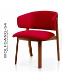 Petit fauteuil lounge WOLFGANG, structure chêne vernis acajou, assise et dossier garnis, habillage tissu rouge.