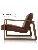 Fauteuil lounge pour salon, lieu d'attente MARCELO structure chêne, vernis noyer, assise-dossier garnis, habillage cuir marron.