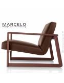 Fauteuil lounge pour salon MARCELO structure chêne, vernis acajou, assise-dossier garnis, habillage cuir marron