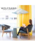 WOLFGANG lounge, fauteuil design bois de chêne, capitonné couleur chanvre.
