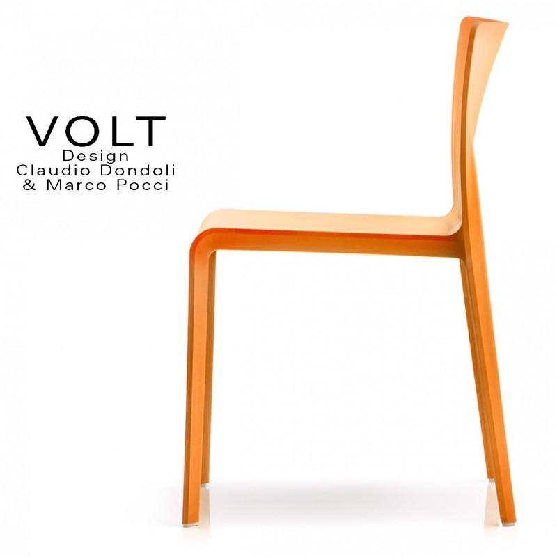 Chaise plastique pour terrasse et restaurant VOLT, structure plastique, empilable, couleur orange.