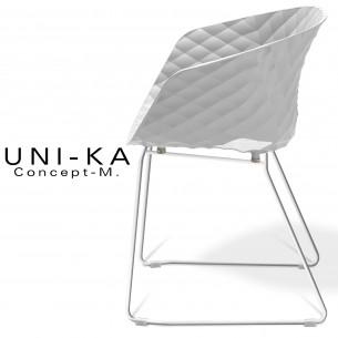 Fauteuil UNI-KA piétement luge blanc assise coque couleur blanche.