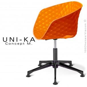 Fauteuil de bureau UNI-KA piétement 5 branches aluminium black, assise coque couleur orange.