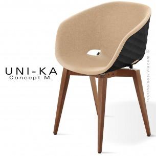 Fauteuil UNI-KA, coque effet matelassé noir, piétement teinté noyer moyen, assise garnie, habillage tissu couleur crème