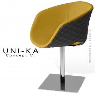 Fauteuil UNI-KA coque effet matelassé noir, piètement colonne centrale chromé, habillage tissu couleur paille