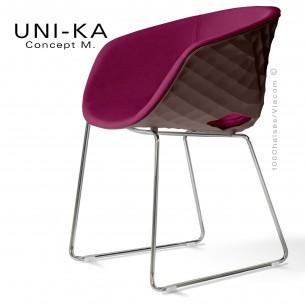 Fauteuil UNI-KA, coque moka piétement luge chromé, assise tissu Sawana couleur violet 70