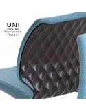 Détail dossier chaise design UNI, coque effet matelassé, piétement 4 pieds rond en bois ou acier.