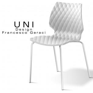 Chaise design UNI, coque effet matelassé couleur blanche, piétement peint blanc.