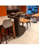 Exemple mobilier en situation fauteuil confort UNI-KA, piètement acier ou bois.