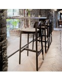 Tabouret de bar RIB, piétement en bois de frêne, assise garnie, habillage tissu