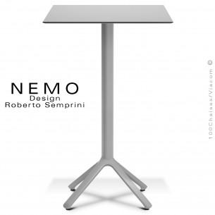 Table mange-debout NEMO,Table mange-debout NEMO, pour CHR., piétement aluminium argent, plateau fixe 70x70 cm., compact finition