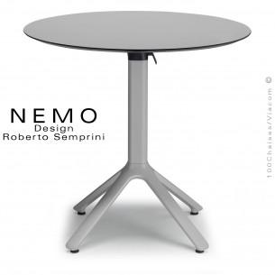 Table NEMO, pour CHR., piétement encastrable aluminium argent, plateau Ø70 cm., rabattable compact gris.