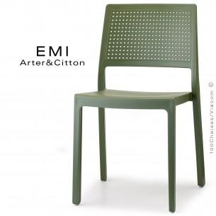 Chaise design EMI, structure plastique couleur vert.