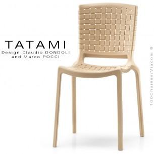 Chaise design TATAMI, structure plastique couleur sable.