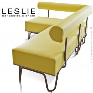 Banquette d'angle design LESLIE, piétement acier peint marron, structure bois, habillage cuir synthétique couleur jaune.