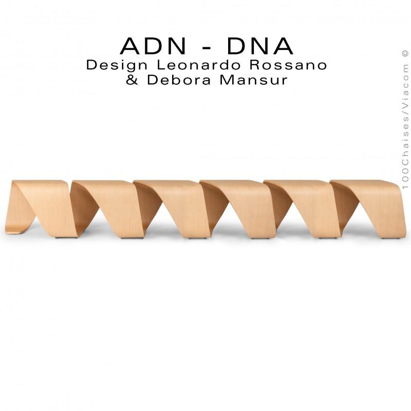 Banc d'attente 6 places - ADN aux formes hélicoïdales en contreplaqué finition placage chêne naturel.