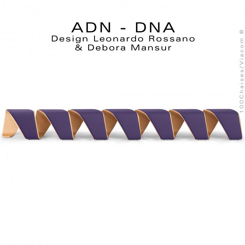 Banc d'attente 7 places - ADN aux formes hélicoïdales, finition placage chêne, assise garnie de mousse habillage tissu violet.