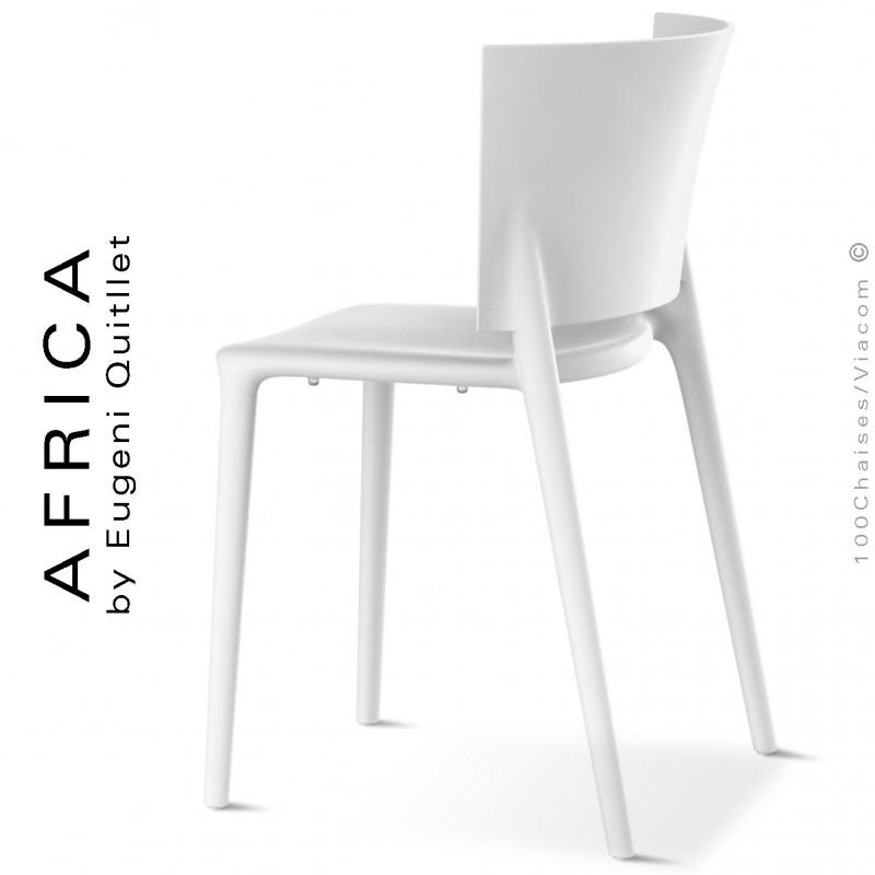 Chaise d'extérieur ou pour terrasse AFRICA, structure et assise coque plastique couleur blanche.