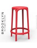 Tabouret de cuisine ou d'extérieur, terrasse BROOKLYN, structure et assise coque plastique couleur rouge.