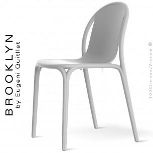 Chaise design d'extérieur, terrasse BROOKLYN, structure et assise coque plastique couleur blanche.
