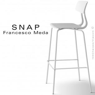 Tabouret de bar SNAP, piétement acier peint blanc signalisation, assise coque plastique couleur blanc signalisation.
