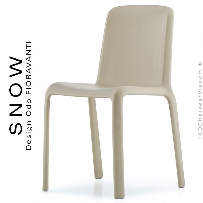 Chaise design SNOW, structure plastique couleur sable.
