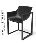 Fauteuil design WALL-STREET, pour extérieur ou terrasse, structure et assise coque plastique noir.