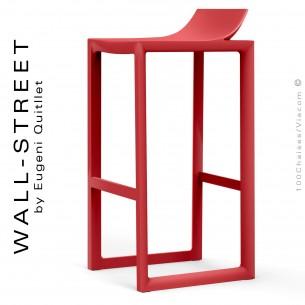 Tabouret de bar design WALL-STREET, structure et assise coque plastique couleur rouge.