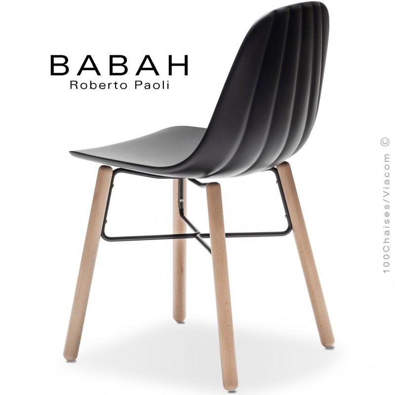 Chaise BABAH, pieds bois hêtre, structure peint noir, assise plastique noir.