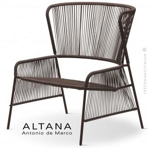 Fauteuil lounge design ALTANA-P, piétement acier peint marron, assise et dossier habillage corde marron.