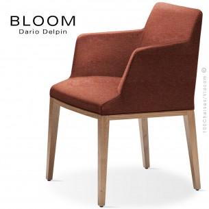 Fauteuil design BLOOM-SP, piétement bois chêne, assise et dossier habillage tissu 302rouge.