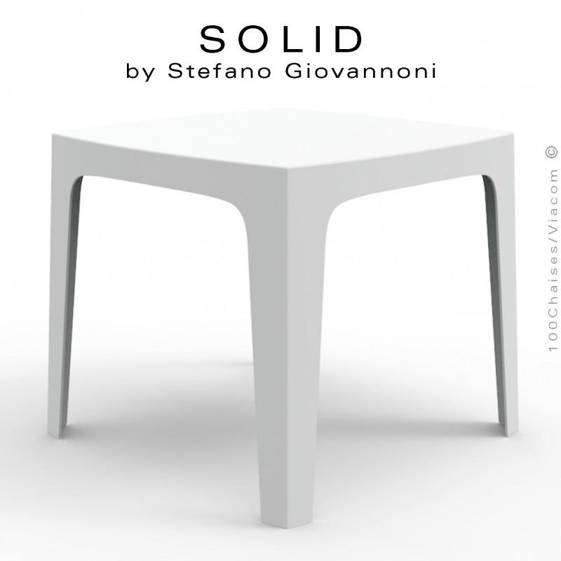 Table SOLID, pour repas ou dîner en extérieur, stucture et piétement 4 pieds en plastique couleur blanche.