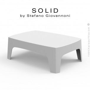 Table basse SOLID, pour bar lounge ou terrasse extérieur, stucture et piétement 4 pieds en plastique couleur blanche.