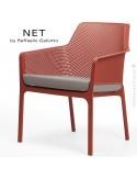 Fauteuil lounge NET relax, structure et assise plastique couleur rouge.