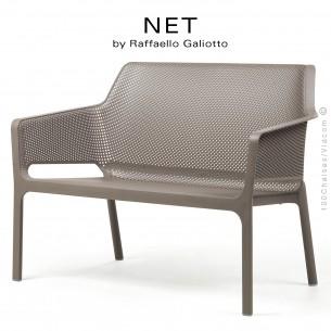 Banc NET, structure et assise plastique couleur gris tourterelle.