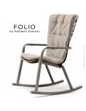 Fauteuil à bascule design FOLIO, structure et assise plastique gris tourterelle, avec coussin tissu crème.