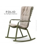 Fauteuil à bascule design FOLIO, structure et assise plastique vert, avec coussin tissu crème.